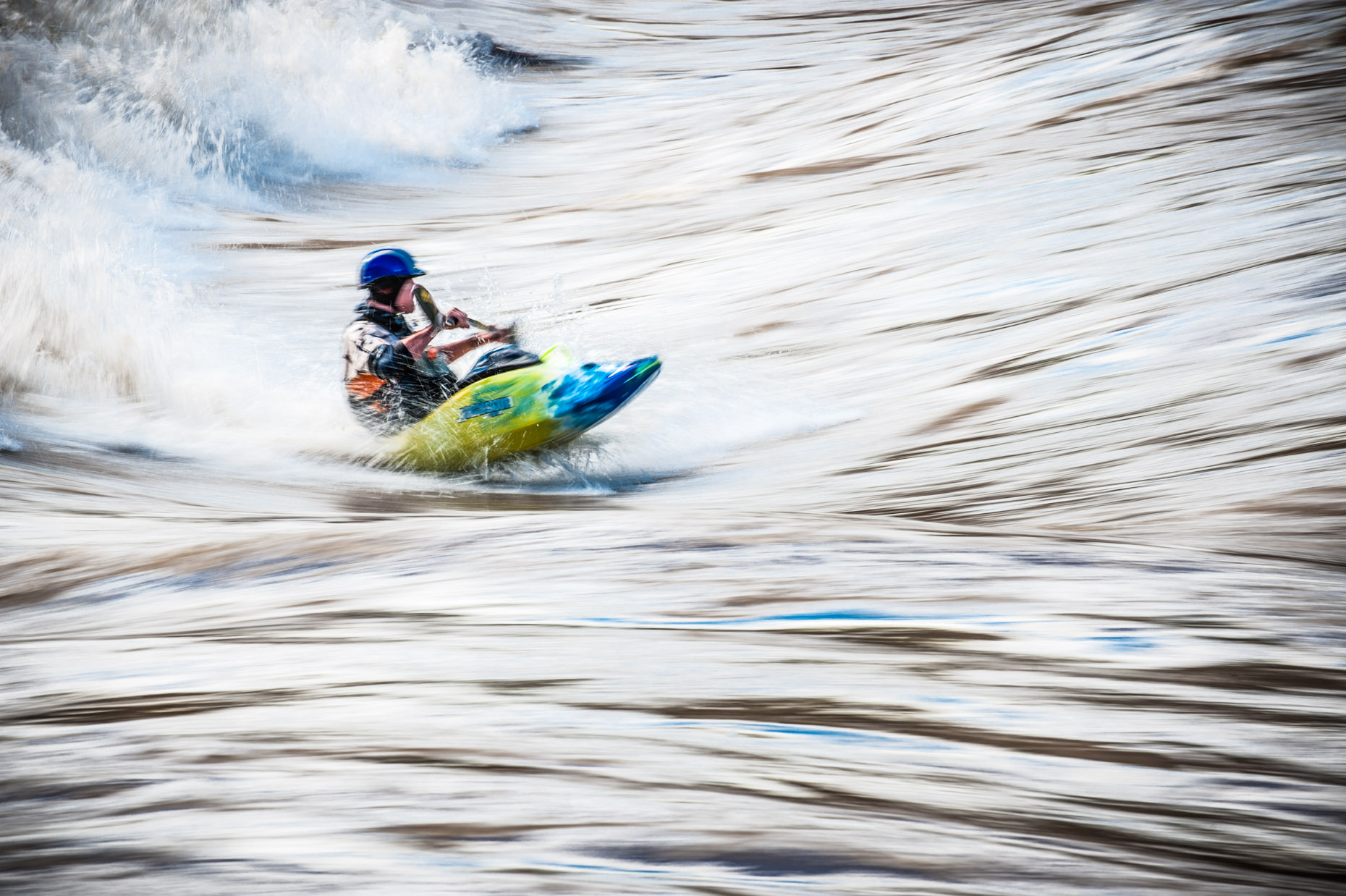 aaron-ingrao-kayak-glenwood-springs