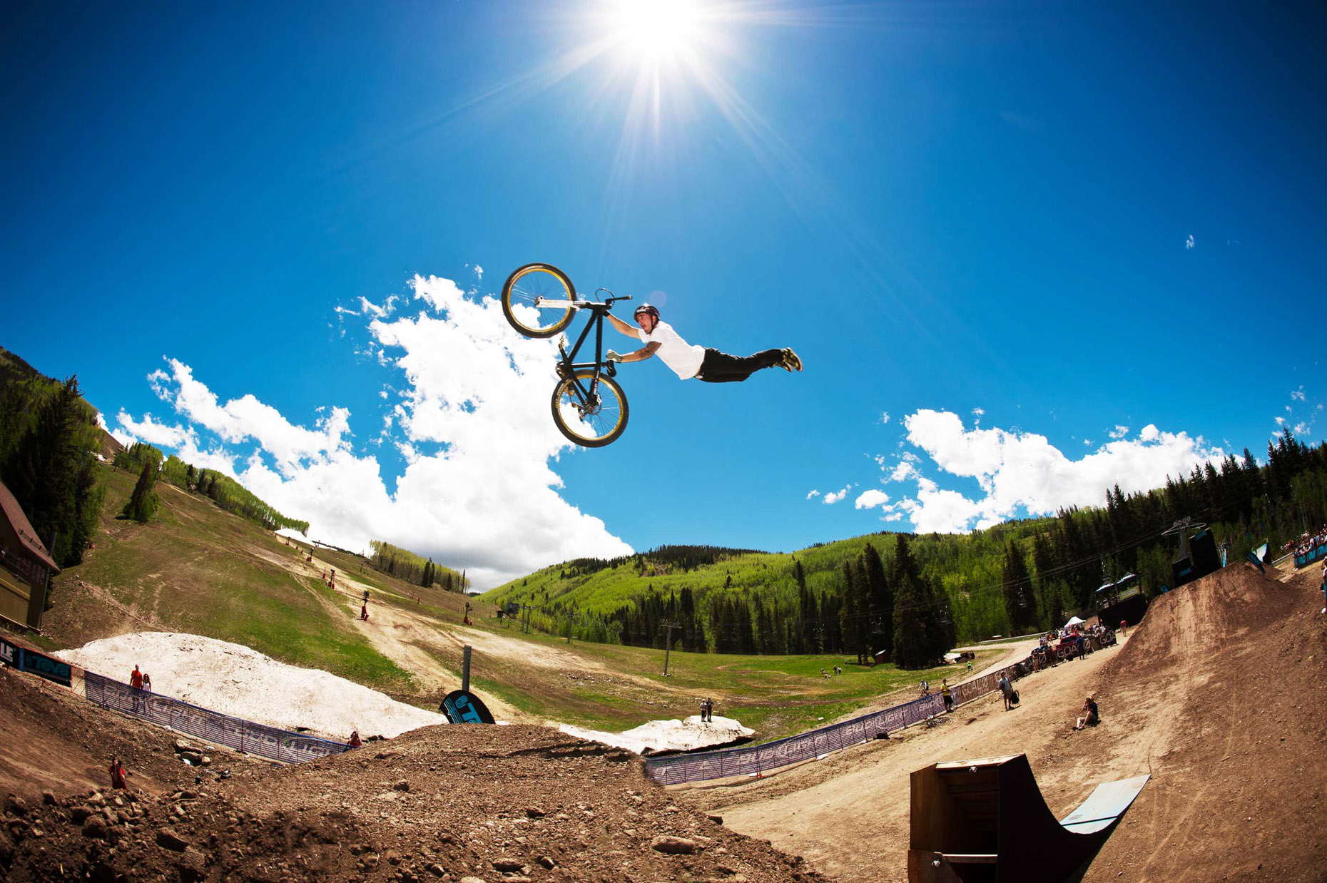 aaron-ingrao-slopestyle-mountainbike-teva-mountain-games